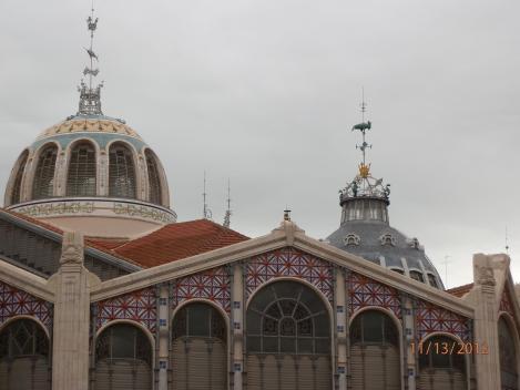 Mercado Central  - Dachkuppeln von außen