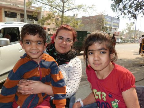 Luise mit Mary und Brüderchen Yohan