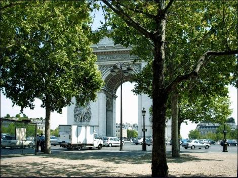 Arc de Triomphe-Spaziergang