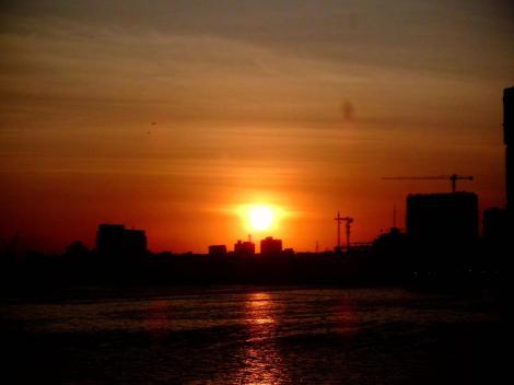 Sonnenuntergang über Dar es Salaam