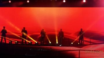 Backstreet Boys are back - Wenn Jugendträume doch noch wahr werden und ein hübscher Amerikaner versucht deutsch zu sprechen.... WEITERLESEN....