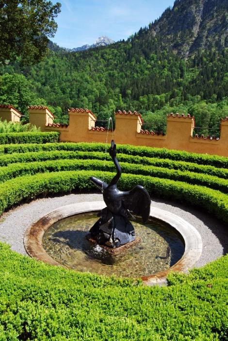 Ein Schwan im Schlossgarten