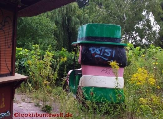 """Wagon der Hutbahn """"Chapeau Claque"""""""