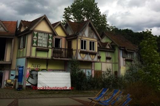 """Fachwerkhaus vom alt-englischen Dorf 2010 Drehort für """"Wer ist Hanna?"""""""
