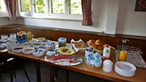 Frühstück für uns am Sonntag im Naturfreundehaus Himmelreich